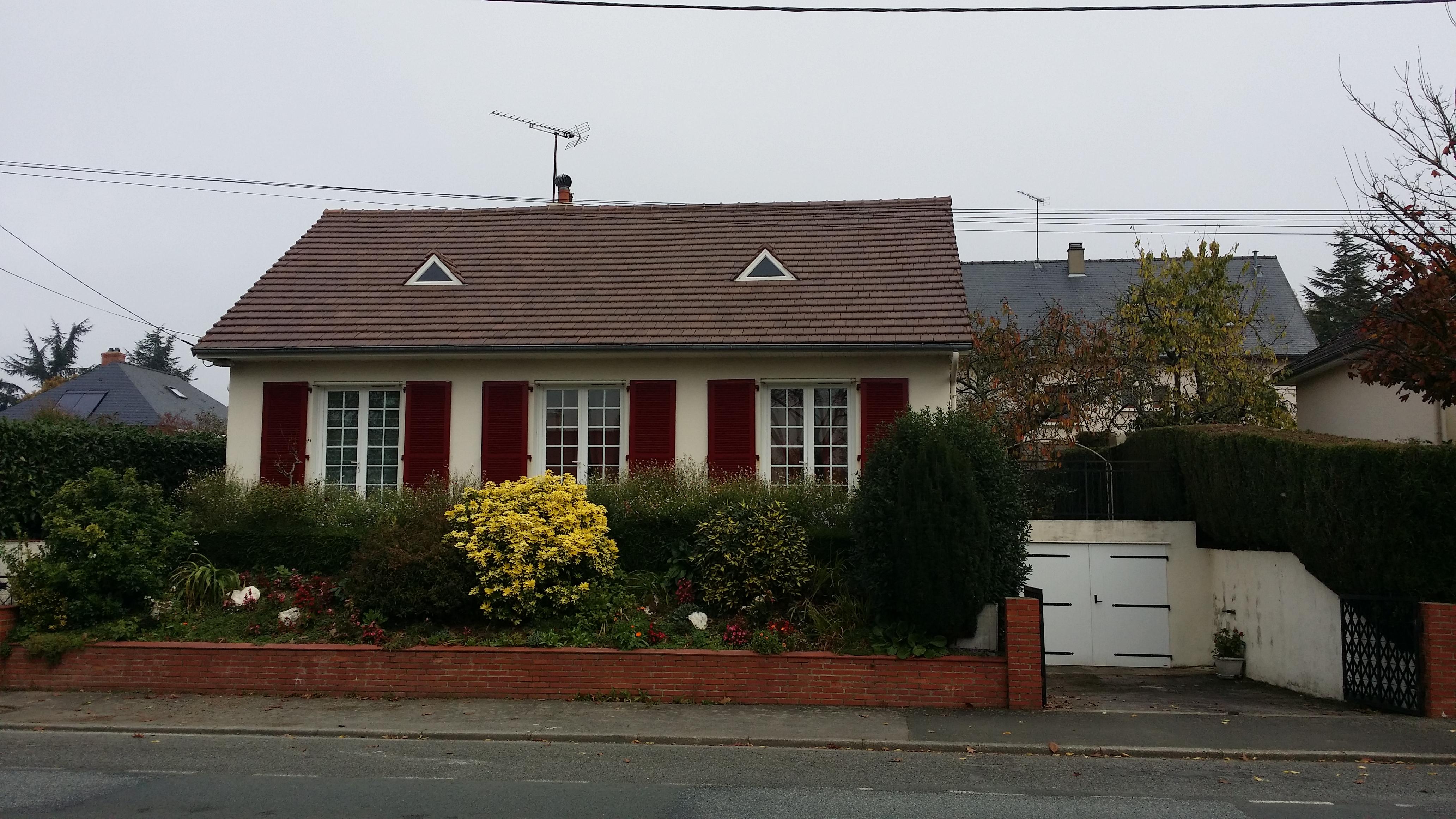 nettoyage toiture tuile beton great dclins sous le. Black Bedroom Furniture Sets. Home Design Ideas