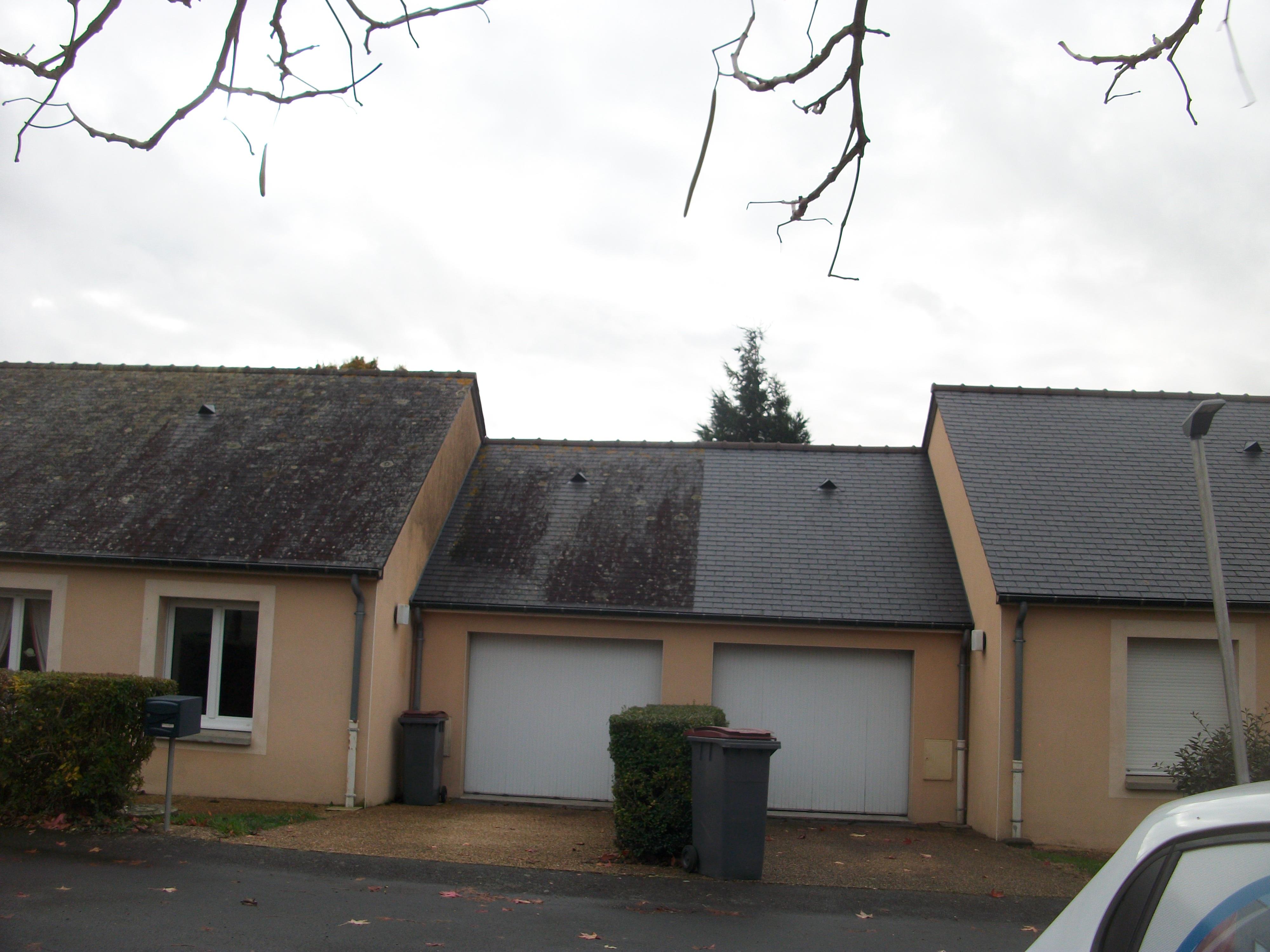 toiture en ardoise ralisation de toiture en ardoise with toiture en ardoise dmoussage toiture. Black Bedroom Furniture Sets. Home Design Ideas